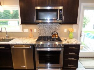 beautiful back splash design in a home in Hampstead NH