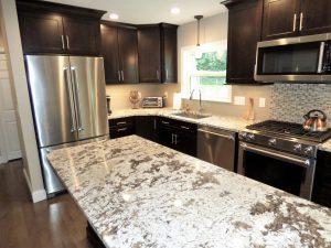 New kitchen counter top installation